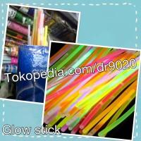 Glow stick / light stick /fosfor tongkat warna warni nyala in the dark