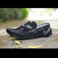 harga Sepatu Semi Formal Casual Sneakers Nike Slip On Suede Tokopedia.com