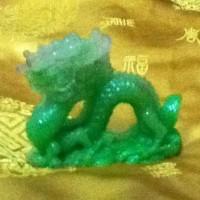 Jade Naga Imitation Dari Resin (Dragon Jade Imitation)
