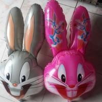bugs bunny atau kelinci