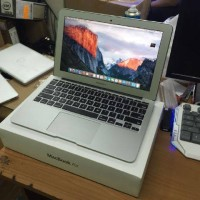Apple Macbook Air 11 inchi Md711/Core i5/2014/Fullsett