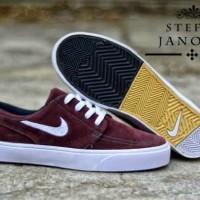 Nike Stefan Janoski maroon putih