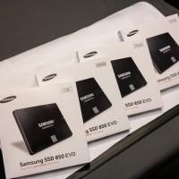 "SAMSUNG SSD 500GB EVO 850 2.5"" (Garansi 5 Tahun)"
