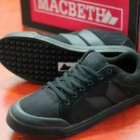 harga Sepatu Macbeth Vegan All Black Tokopedia.com