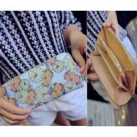 dompet clutch persegi panjang putih hitam wanita monochrome motif jam