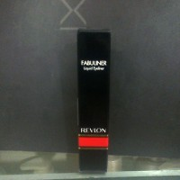 revlon fabuliner (eyeliner cair)