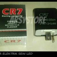 Flasher Sein Elektrik LED CR7 Motor dengan pengaturan kedipan