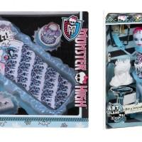 Monster High Abbey Bominable Art Class and Bed Set Original Mattel