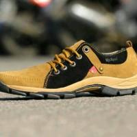 harga sepatu casual kickers crocodile termecing cowo Tokopedia.com