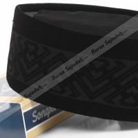 Kopiah Peci Songkok Hitam Antik Motif - Awing Laser Piramid Dus Box