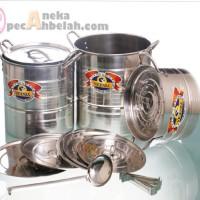 Stock Pot with Streamer & Lids 12 Pcs
