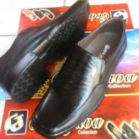 harga sepatu kulit formal pria Tokopedia.com