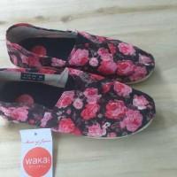 harga Wakai Shoes Women / Sepatu Casual / Sepatu Slip On/ Sepatu Santai Tokopedia.com