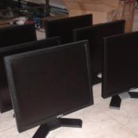 Monitor komputer lcd DELL 17