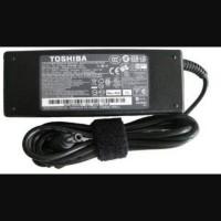 adaptor for Toshiba - 15 v 5 amp ( 6.3 3 ) mm