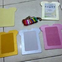 harga frame foto gantung kertas glossy motif baju Tokopedia.com