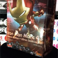 Nendoroid Iron Man Mark 43: Heros Edition + Ultron Sentries Set