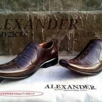 Sepatu Kerja Kantor Pria Formal Kulit Asli Alexander Coklat Branded