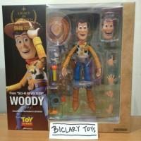 Legacy Of Revoltech Woody Sheriff Toy Story Sci Fi Kaiyodo ORI