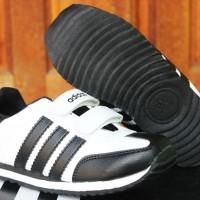 Sepatu Anak Adidas LA Trainer Kids Hitam Putih(Sekolah,Balita,Running)