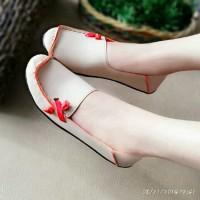 Sepatu Wanita Murah - Flat Shoes - US49 - Krem