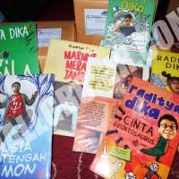 Paket 7 Buku Novel Raditya Dika : Kambing Jantan, Koala Kumal, . . . .