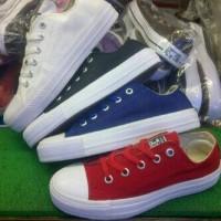 sepatu murah converse low polos putih,hitam,biru,merah +box