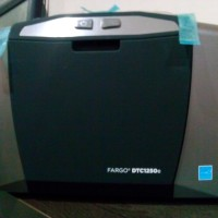 ID CARD PRINTER FARGO DTC1250E