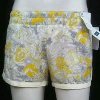 GAP Fit Hot Pants untuk wanita/cewek