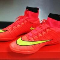 Sepatu Futsal Nike Mercurial Superfly Merah