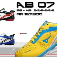 Sepatu Badminton Ardiles KODE: AB07