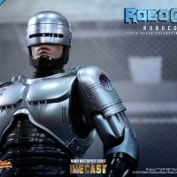 Hot Toys Robocop DIE CAST