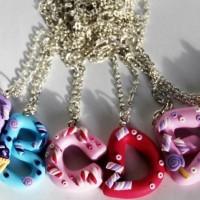 kalung nama inisial handmade clay import