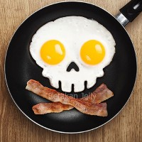 Cetakan Telur Mata Sapi : Skull / Tengkorak