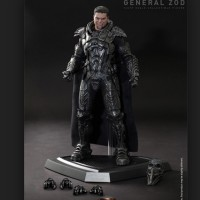 Hot Toys Man Of Steel General Zod