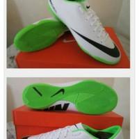 Nike Mercurial Victory IV White