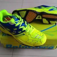 Sepatu Badminton RS Sirkuit 561