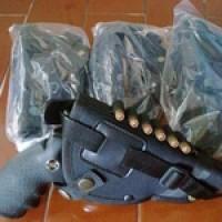 Holster / Sarung Pistol pinggang