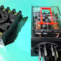 Relay OMRON 220V 10A + Soket