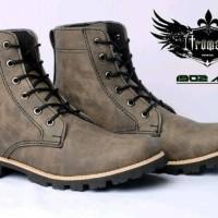 Sepatu Boot Trumant 1902 3 Warna