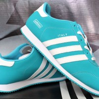 sepatu olahraga adidas LA trainer wanita import ( running , aerobik ),