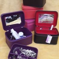 Box Make Up Susun Jewelry Vinyl, Kulit Sintetis