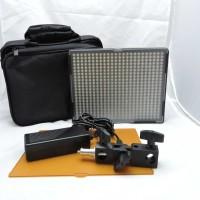 Amaran Aputure AL-528W LED Video Light