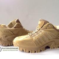 "Sepatu 511 4"" Low Boots"