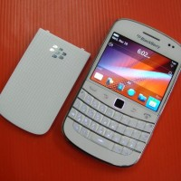 BB Blackberry Bold 9930 Montana GSM 3G / CDMA EVDO Original BM GARANSI