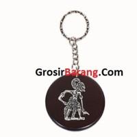 Souvenir Gantungan Kunci Wayang Bulat Kayu Besi Khas Jogja Indonesia