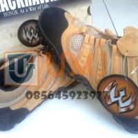 harga SEPATU GUNUNG BLACKHAWK VIBRAM SPORT 4 INCH / TACTICAL MOUNTAIN SHOES Tokopedia.com