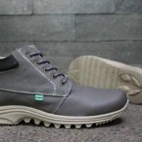 Sepatu Kickers Boot Semi