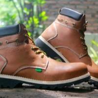 Sepatu Kickers Boot 2 Warna