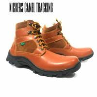 Sepatu Kickers Tracking Prado